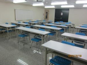 中教室照片-2